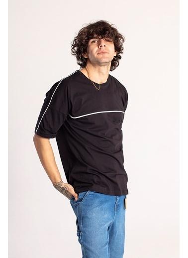 XHAN Siyah Biye Detaylı Oversize T-Shirt 1Kxe1-44664-02 Siyah
